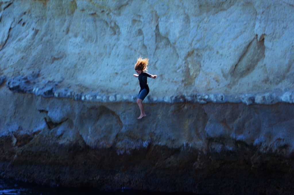 Name:  Jumping the cliff 101 _MG_5132 - Version 3 small.jpg